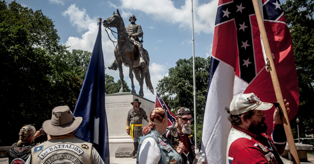 The Remains of Nathan Bedford Forrest Are Being Exhumed in Memphis