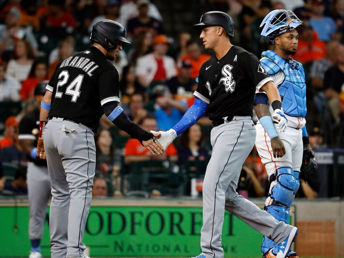 White Sox front office 'will do all they can' before trade deadline, La Russa says