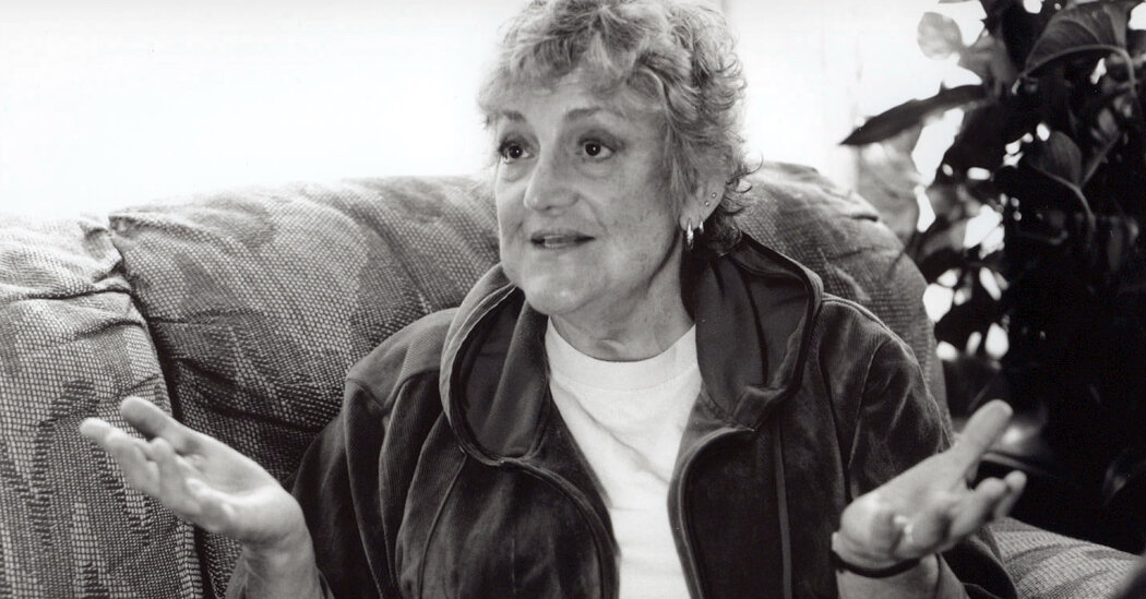Madeline Davis, Who Spoke to the Nation as a Lesbian, Dies at 80
