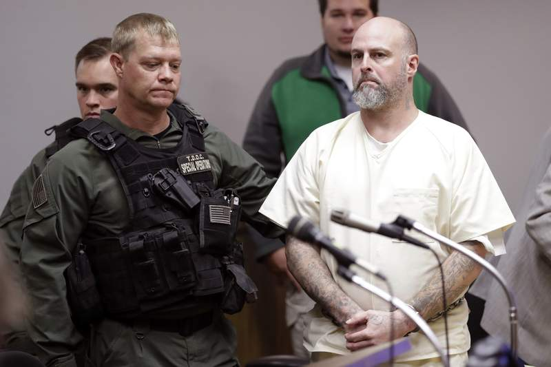 Convict gets life in prison for Tennessee official's death
