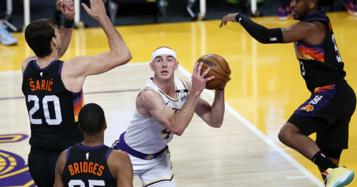 Lakers fan favorite Alex Caruso faces the unknown of free agency