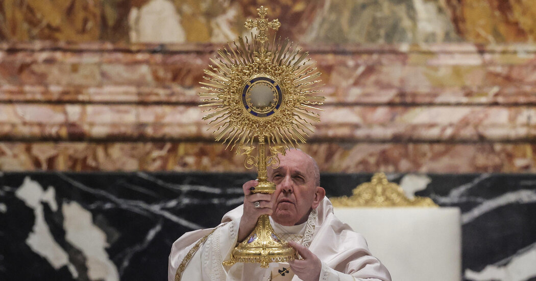 Pope Francis' Silence Speaks Volumes on Controversial Communion Vote by US Bishops