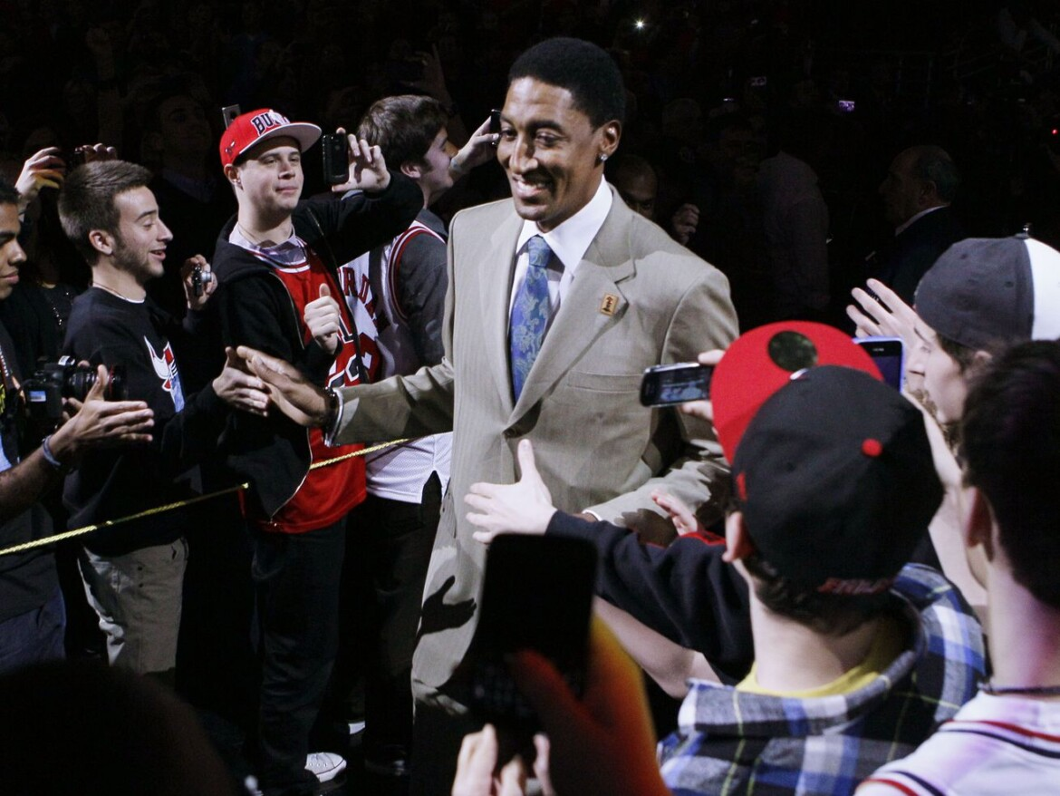 Scottie Pippen dancing to different music with new autobiography