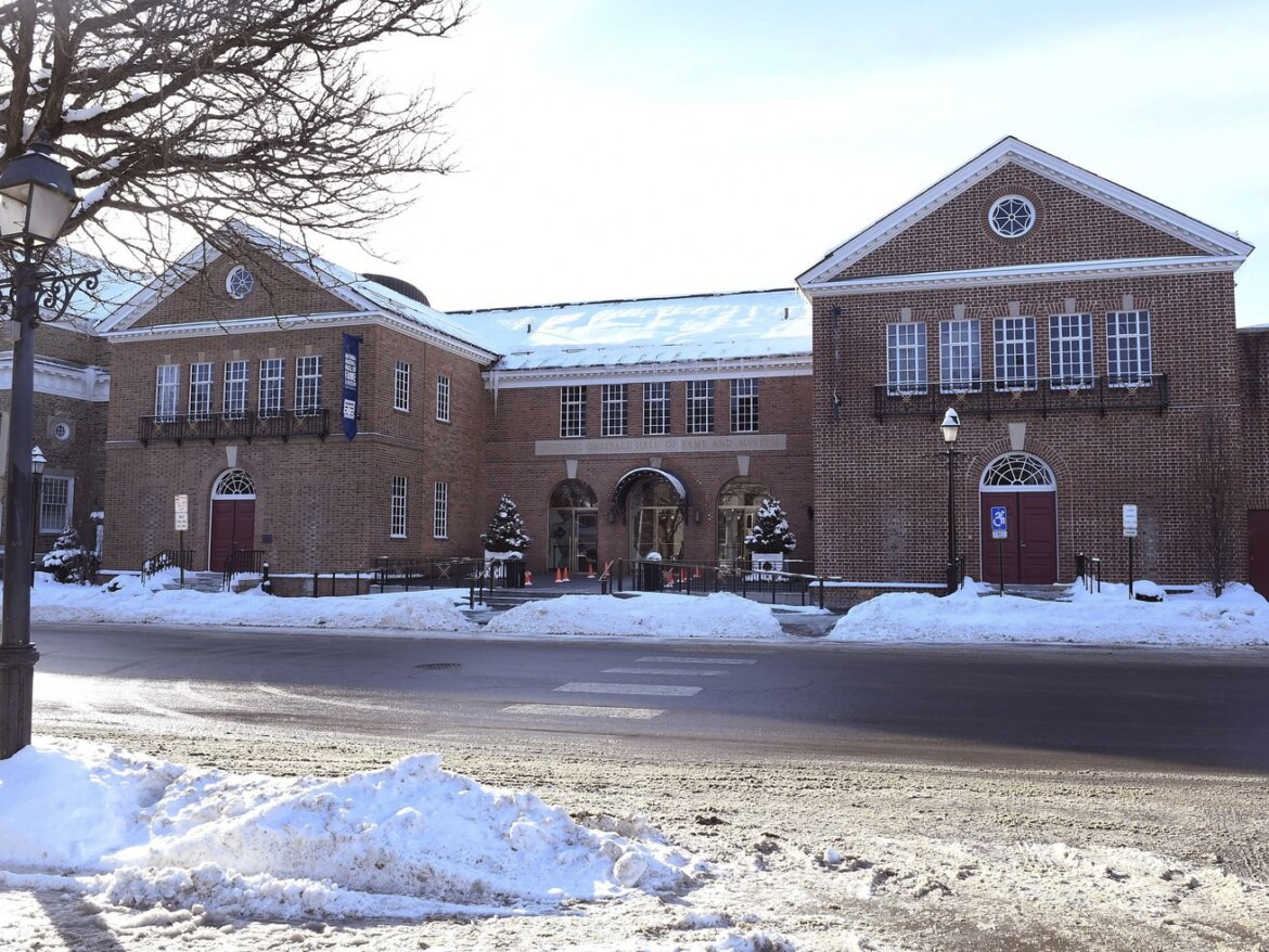 Baseball Hall of Fame moves induction ceremony to Sept. 8 so fans may attend