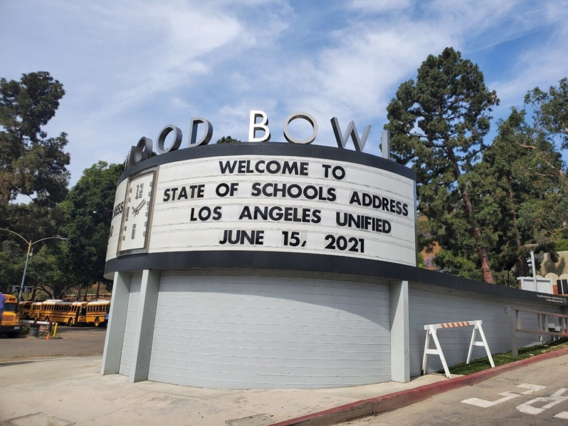 As his term nears end, Beutner's Hollywood Bowl address applauds scope of LAUSD's pandemic response