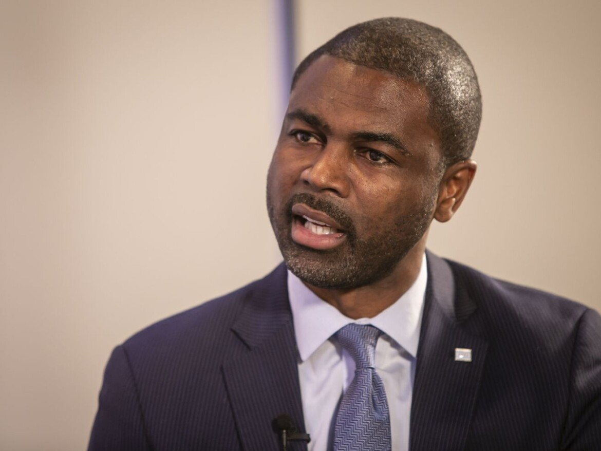 After cancer diagnosis, State Rep. La Shawn Ford wants others to get screened