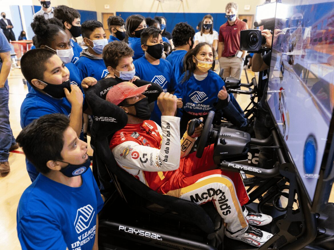 NASCAR's Wallace puts Pilsen Boys & Girls Club kids in the driver's seat