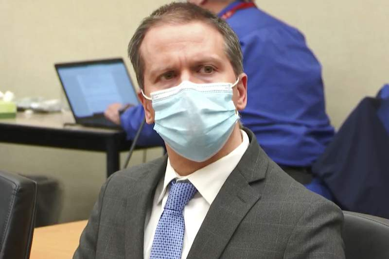 Chauvin faces hearing on federal charges in Floyd's death