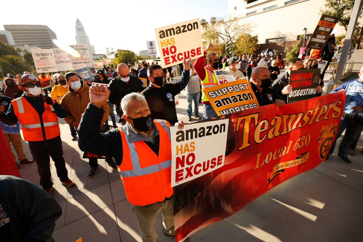 Teamsters pass resolution to unionize Amazon drivers, warehouse workers