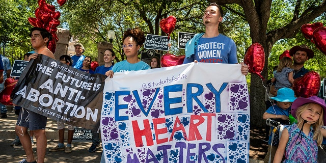 Pro-life advocates warn of 'egregious' Democratic bill that would guarantee abortion rights throughout US