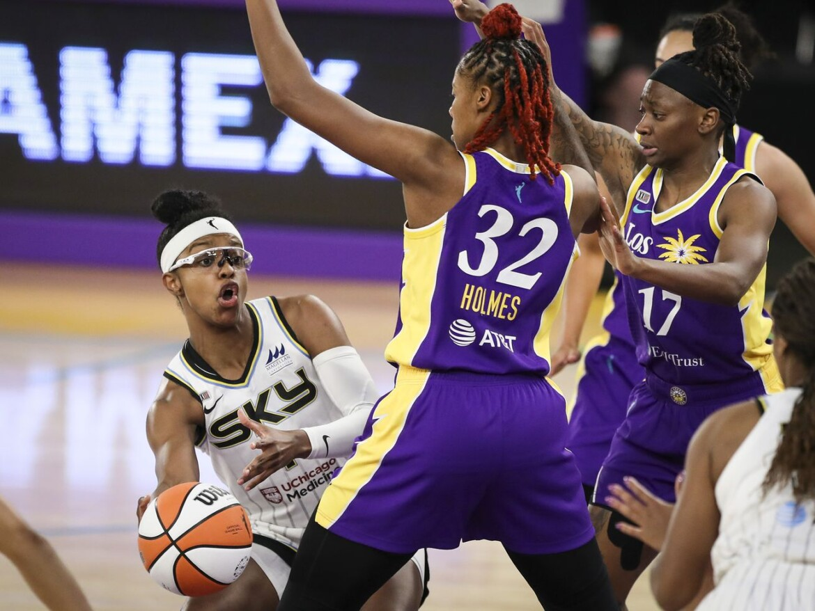 Candace Parker out again as Sky drops seventh straight