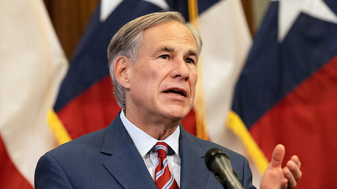 Abbott signs religious freedom law prohibiting government from closing places of worship