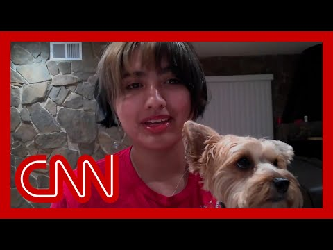 Watch teen fight off bear to save her dogs