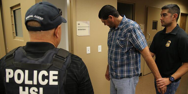 Mexican cartels ramping up efforts to use civilians to smuggle illegal contraband into US