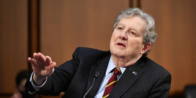 2 senators are requesting travel records of Supreme Court justices as part of a larger ethics investigation