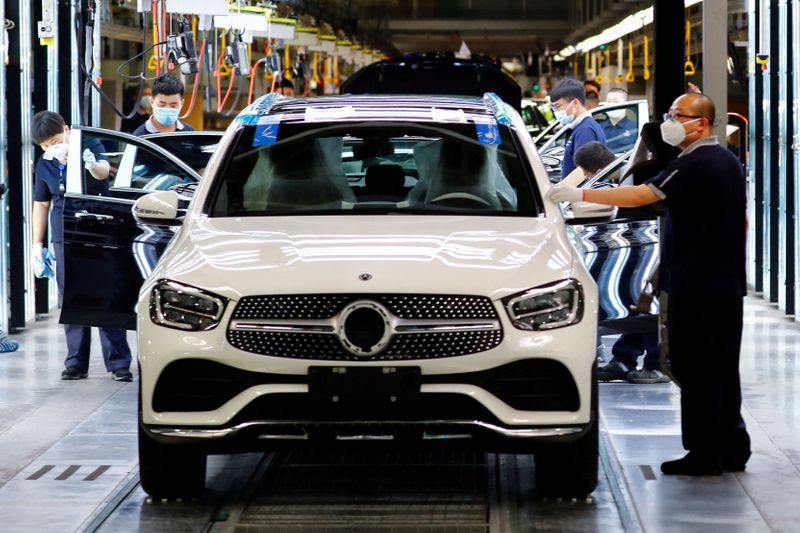 Daimler's China venture aims to raise capacity 45% at Mercedes-Benz plants: document