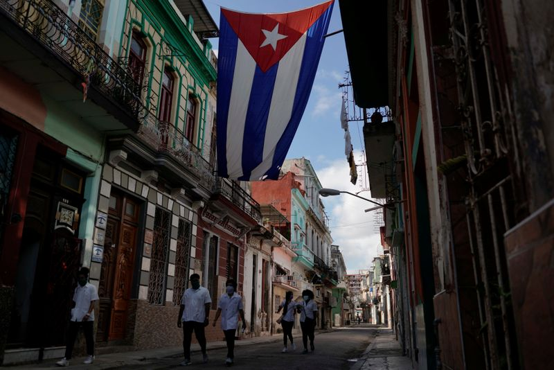 Exclusive: Cuba and wealthy creditors hope to save landmark accord