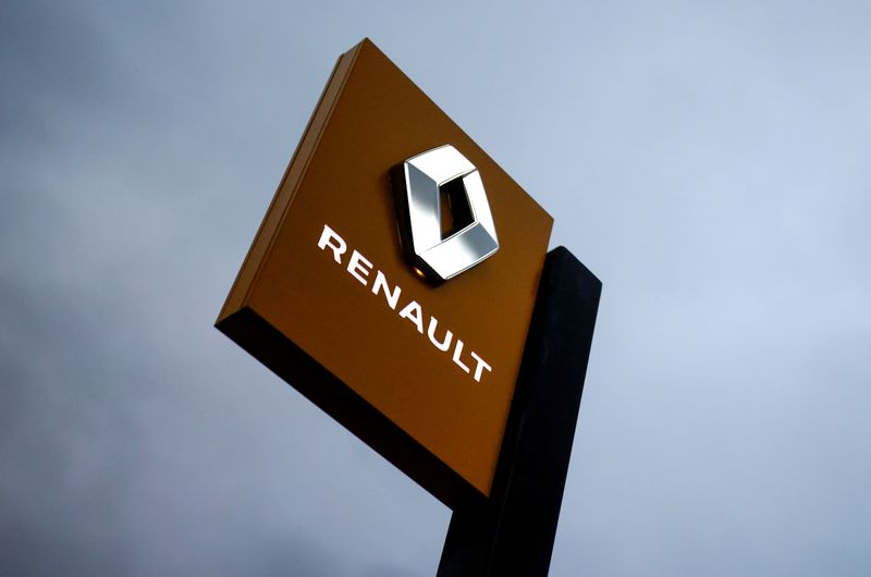 France's Renault charged with deception over dieselgate probe