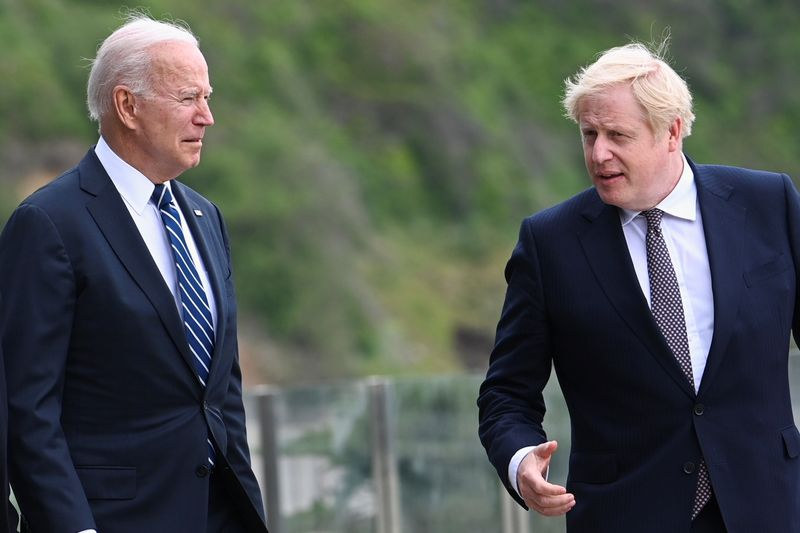 UK, U.S. reaffirm commitment to Northern Ireland peace deal