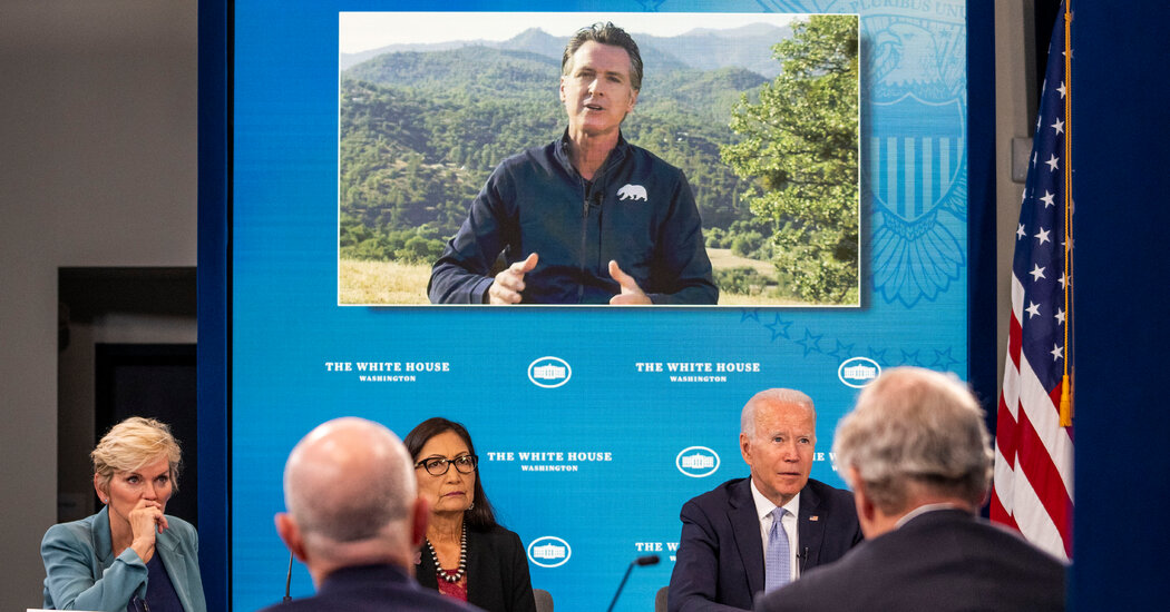 Biden Pledges Money for Firefighters as a Heat Wave and Wildfires Roil the West
