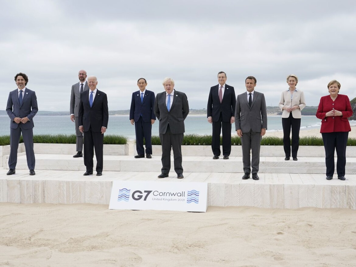 G-7 pledge to share, but jostle for ground in the sandbox