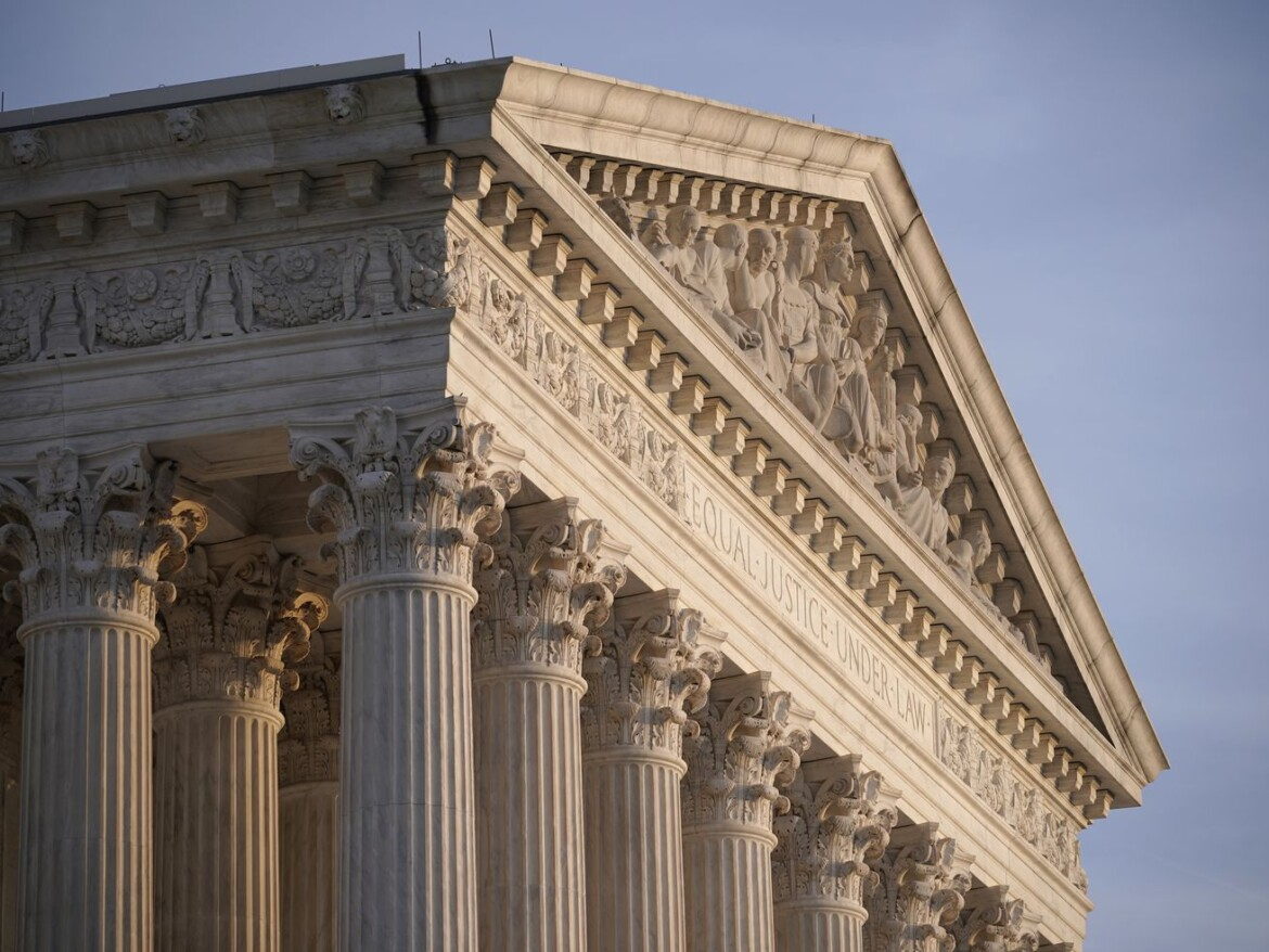 Justices defer Harvard case on race in college admissions