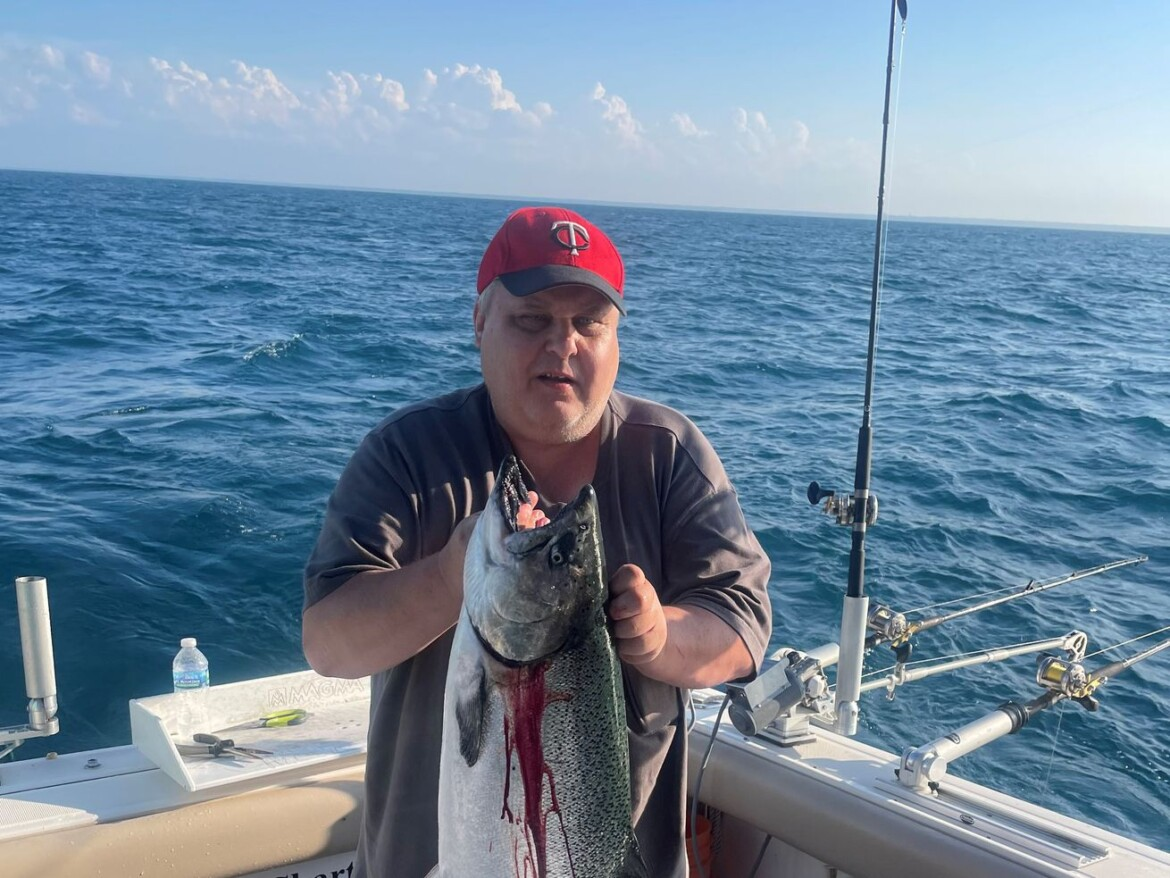 Chicago fishing, Midwest Fishing Report: Big Chinook, fish stories, bass, bluegill, the vagaries of summer
