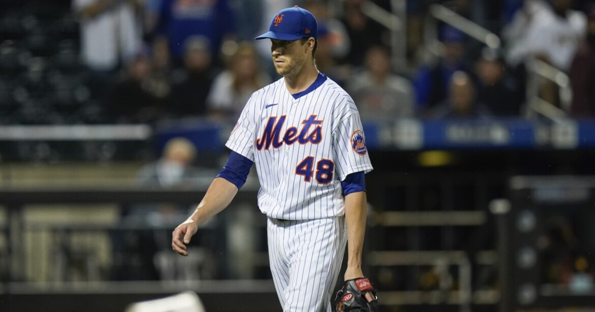 Mets' Jacob deGrom pulled because of flexor tendonitis amid gem vs. Padres