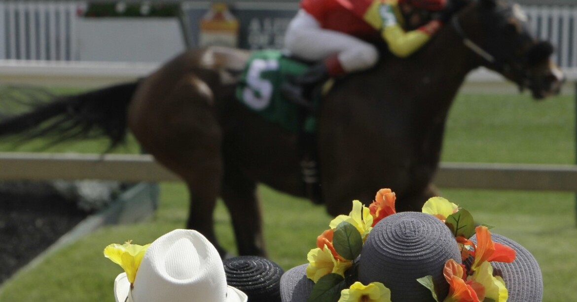 Two horses, jockeys escape serious injury in spill at Los Alamitos