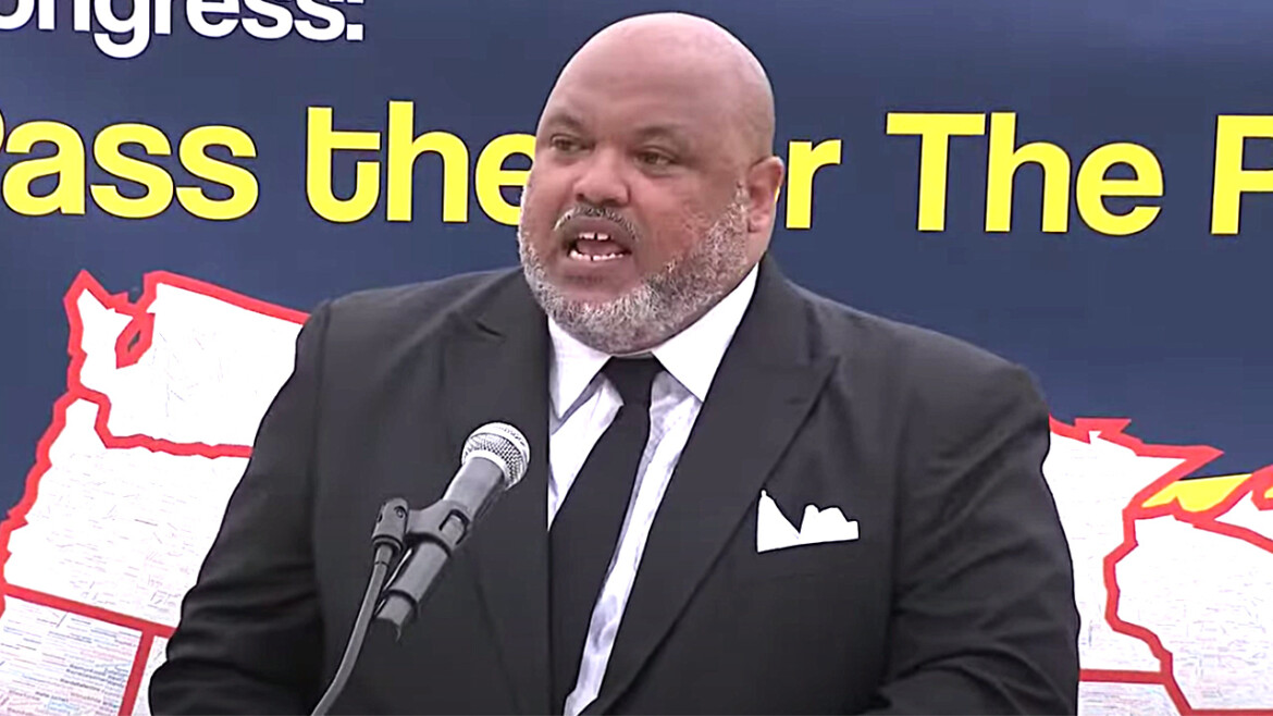 Preacher slams 'White rage' Republicans at rally attended by progressive Democrats