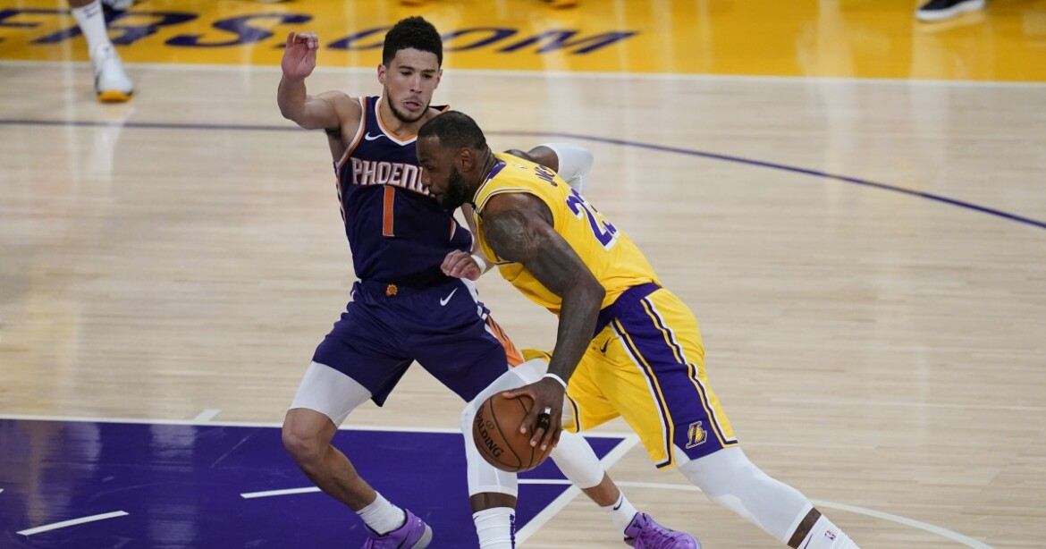 Letters: Everyone has an opinion on the fall of the Lakers