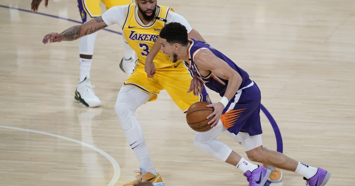 Devin Booker channeled Kobe Bryant when scoring 47 points to beat Lakers