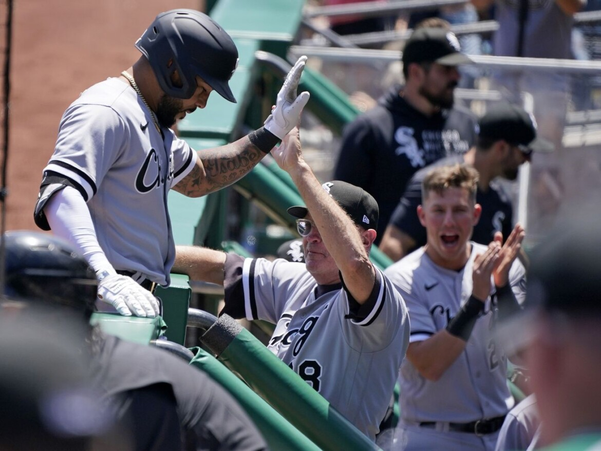Grandal, Garcia help White Sox avoid winless trip in 4-3 victory over Pirates