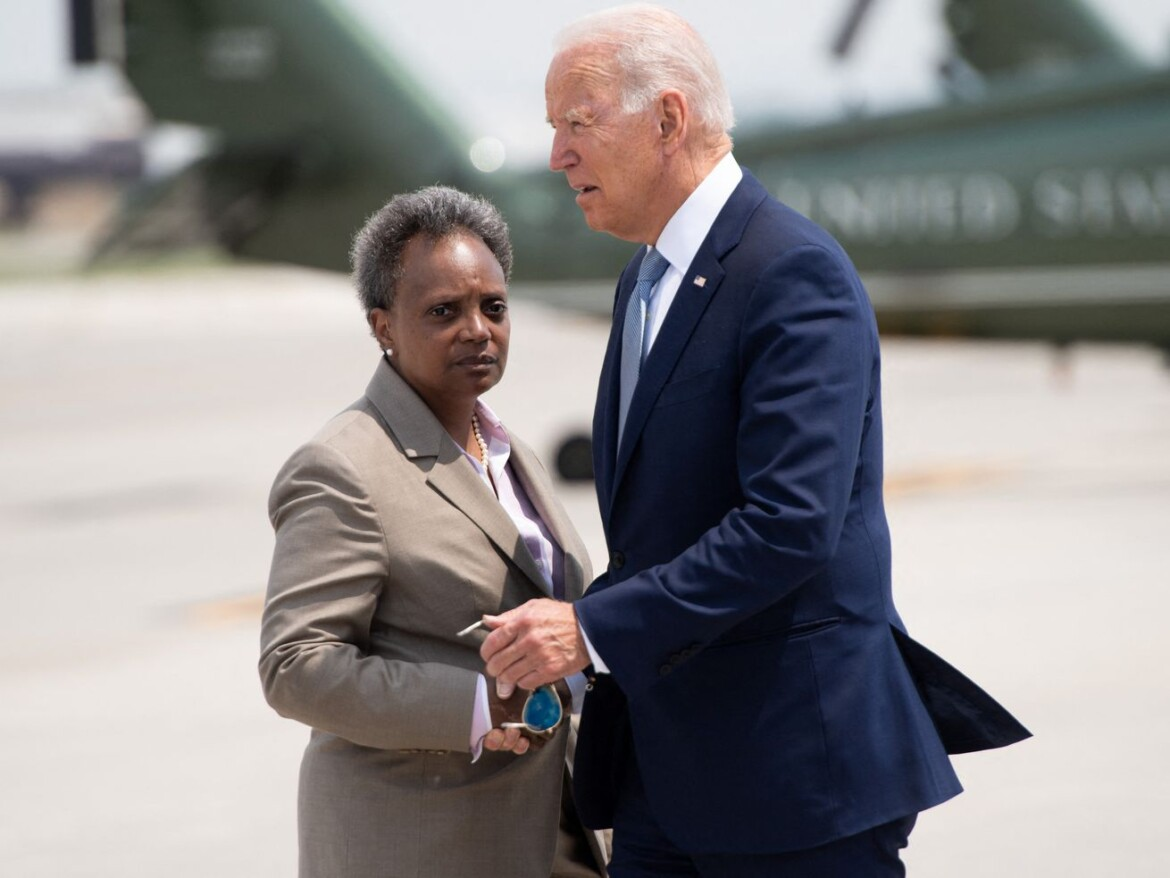 Lightfoot on Biden sending aid to Chicago to curb gun violence: A matter of 'incredible urgency'