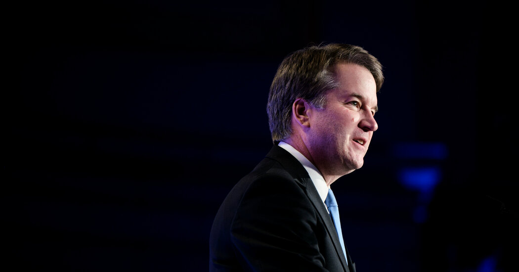 Details on F.B.I. Inquiry Into Kavanaugh Draw Fire From Democrats