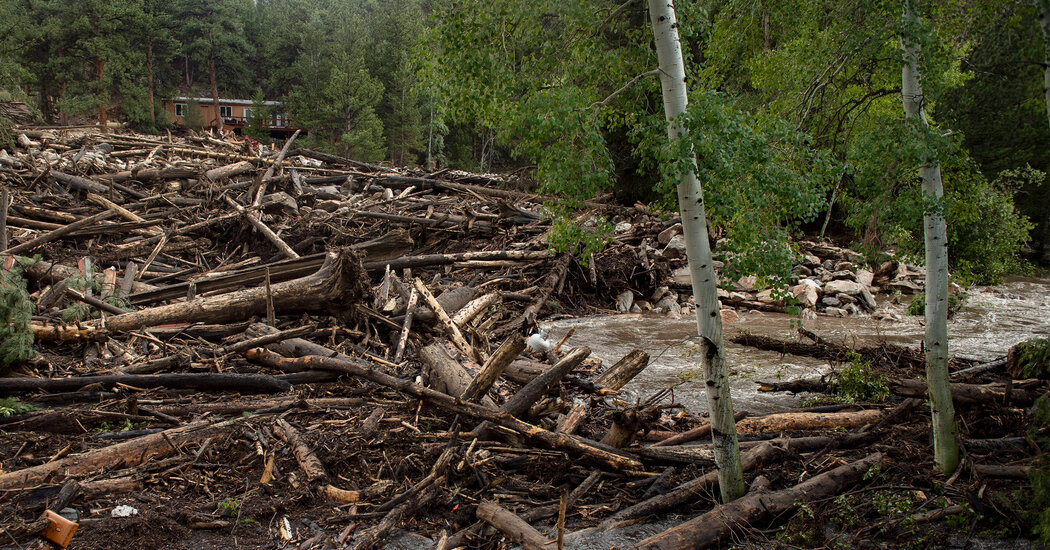At Least 3 Dead in Colorado Flash Floods