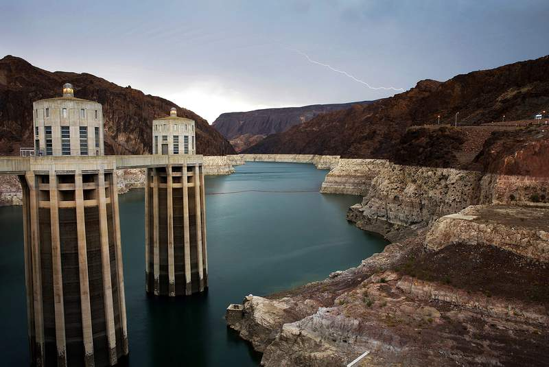 Bill aims to spend billions to fix nation's aging dams