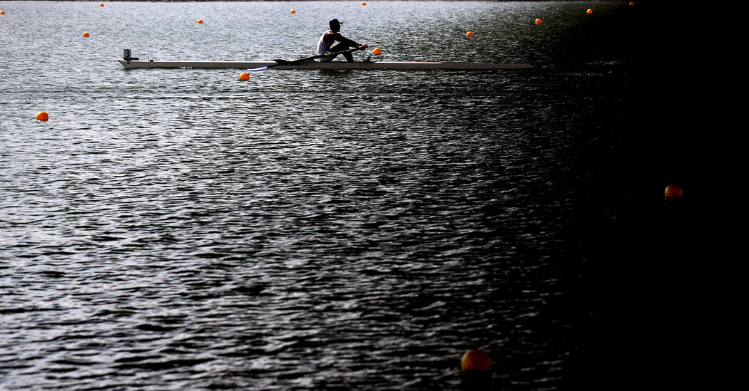 A Forecasted Typhoon in Tokyo Adjusts Rowing Schedule