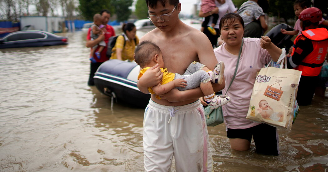 Floods in China Leave Scores Stranded, Some Without Power and Food