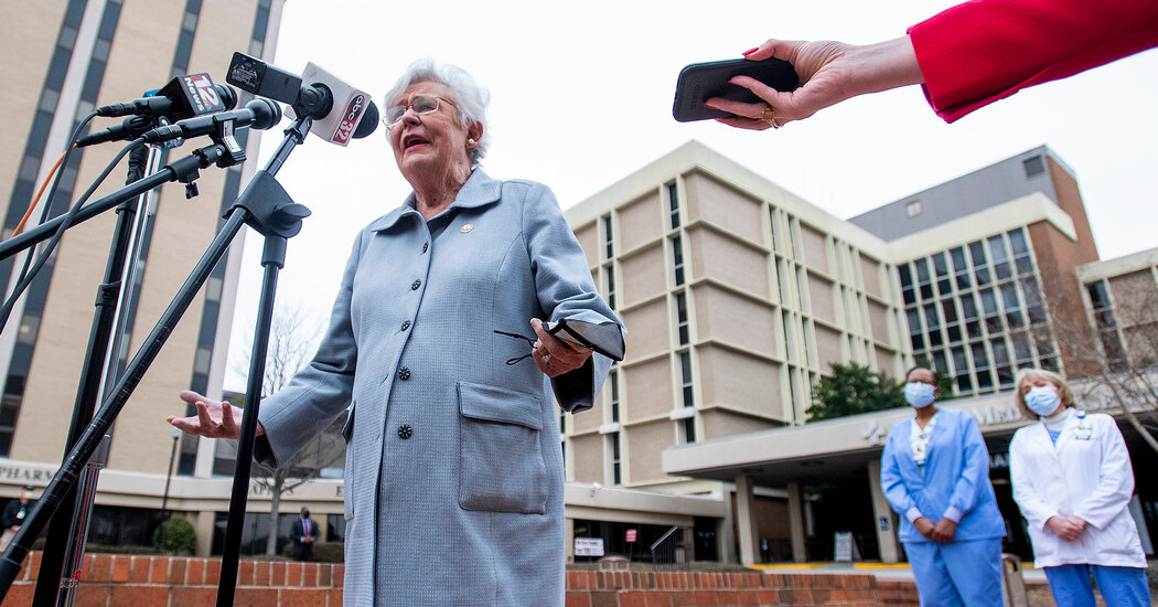 Alabama Governor: 'It's Time to Start Blaming the Unvaccinated Folks'