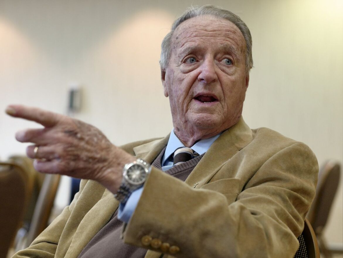 Former Florida State football coach Bobby Bowden diagnosed with terminal medical condition