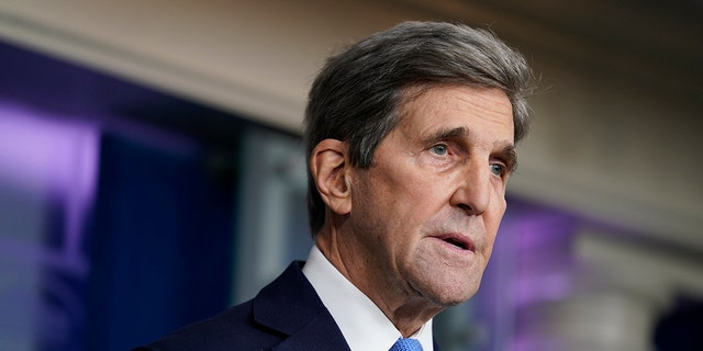 John Kerry to make Russia trip for climate discussion amid bilateral tensions