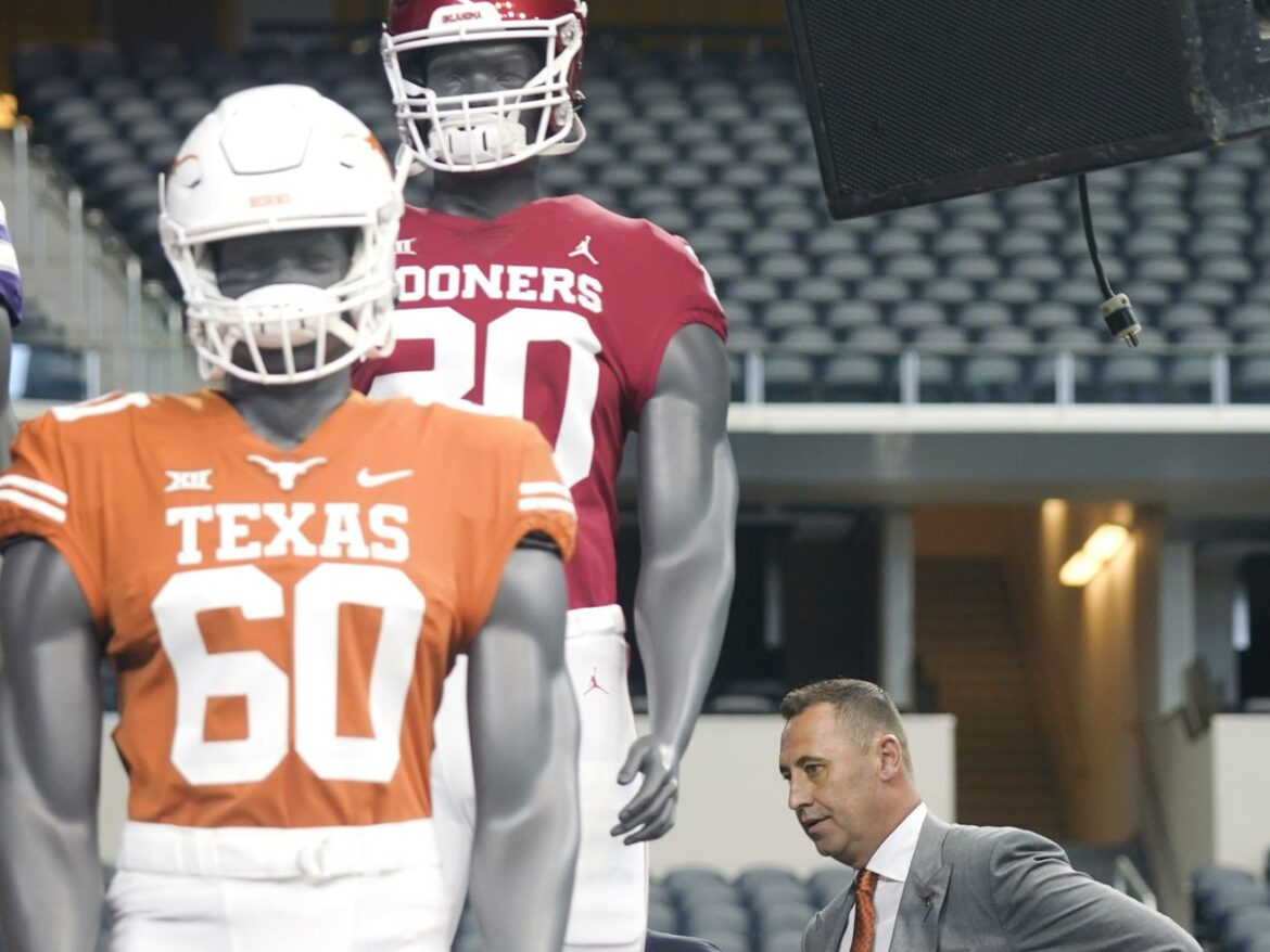 Texas, Oklahoma talk to SEC about joining league