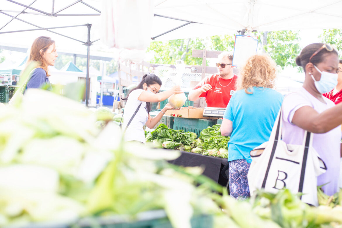 Encino Farmers Market is a delight for shoppers of fresh produce and vendor-specialties on Sundays