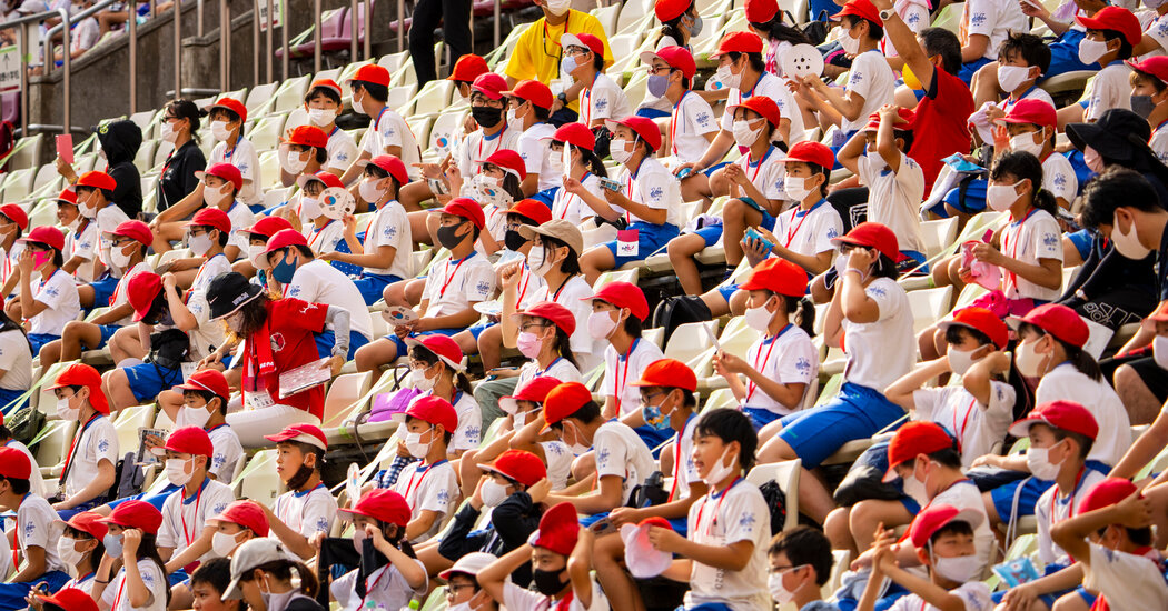 At Some Olympic Venues, the Rarest of Sightings: Spectators