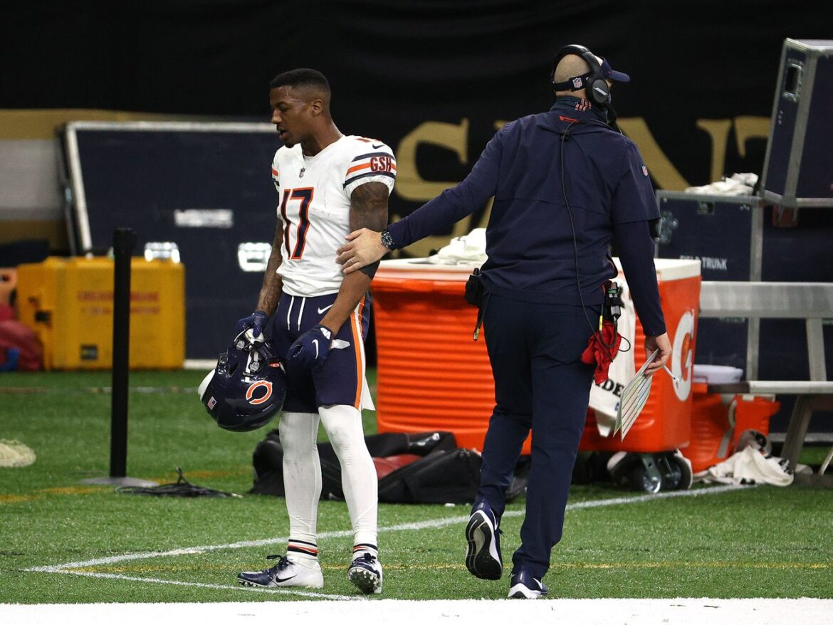 Bears trade WR Anthony Miller to Texans