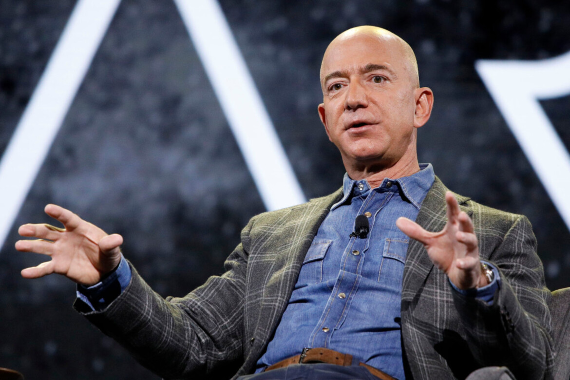 Jeff Bezos retires with 739,489 times the median American's wealth