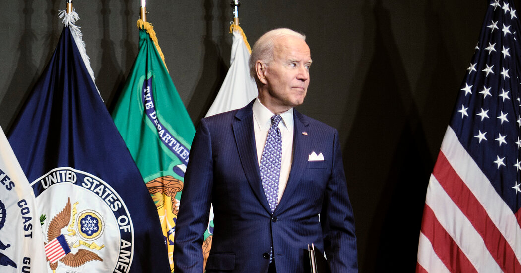 Biden Weighs Vaccine Mandate for Federal Workers