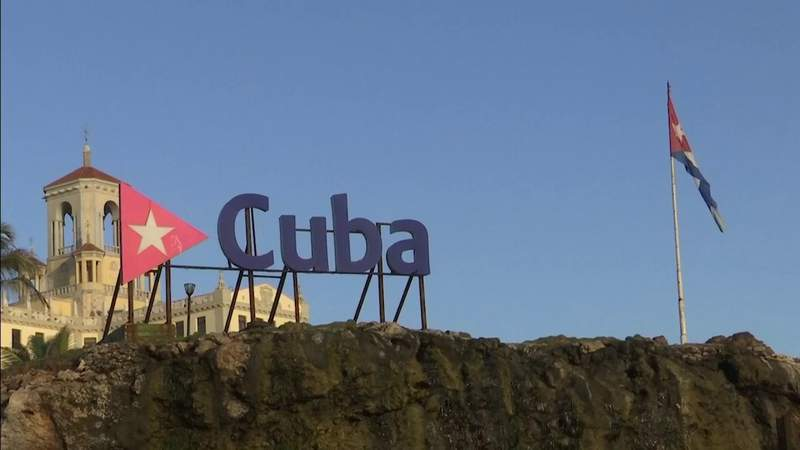 U.S. tells Cubans to 'think twice' before trying to sail here