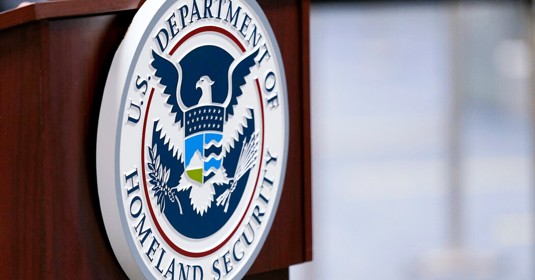 Homeland Security Watchdog Delayed Inquiry, Complaint Says